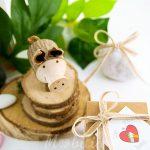 bomboniera-solidale-per-aiutare-gli-animali-porcellino-piccolo-legno